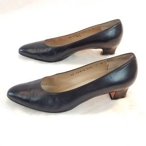 Salvatore Ferragamo Navy Leather Pumps